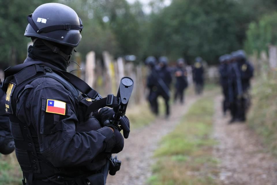 Fuerzas-especiales-de-la-PDI-en-allanamiento